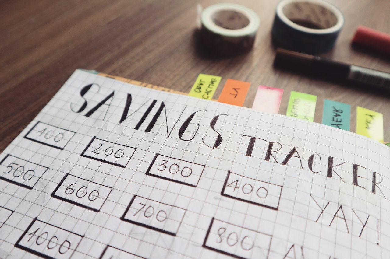 savings-tracker-chart